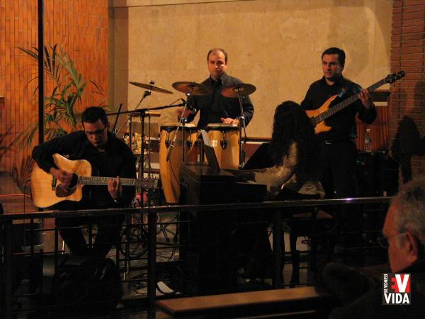 concierto-16-dic-06-san-francisco-de-asis-038.jpg